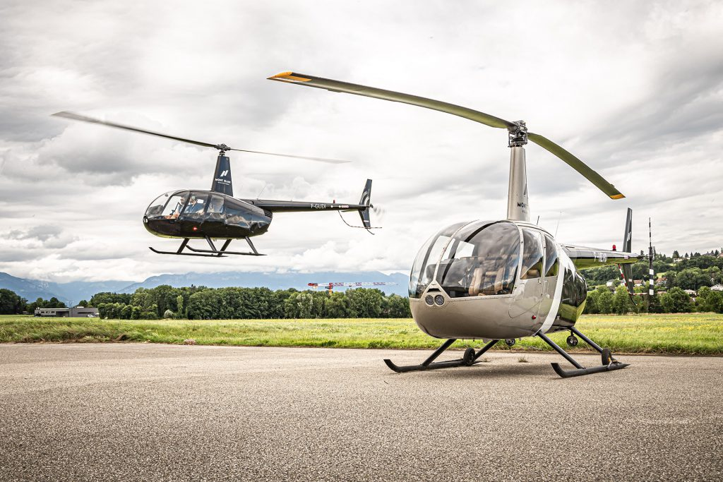Hélicoptères - ROBINSON RH44 - Mont Blanc Hélicoptères Bretagne