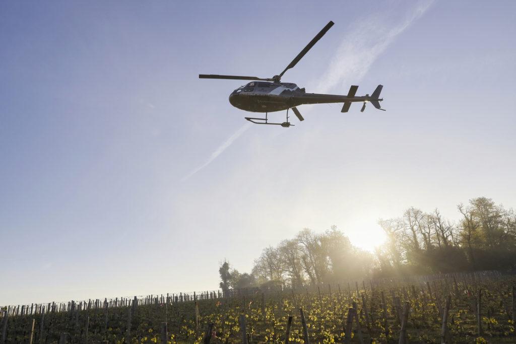 Travail aerien - Lutte anti gel - Mont Blanc Hélicoptères Bretagne